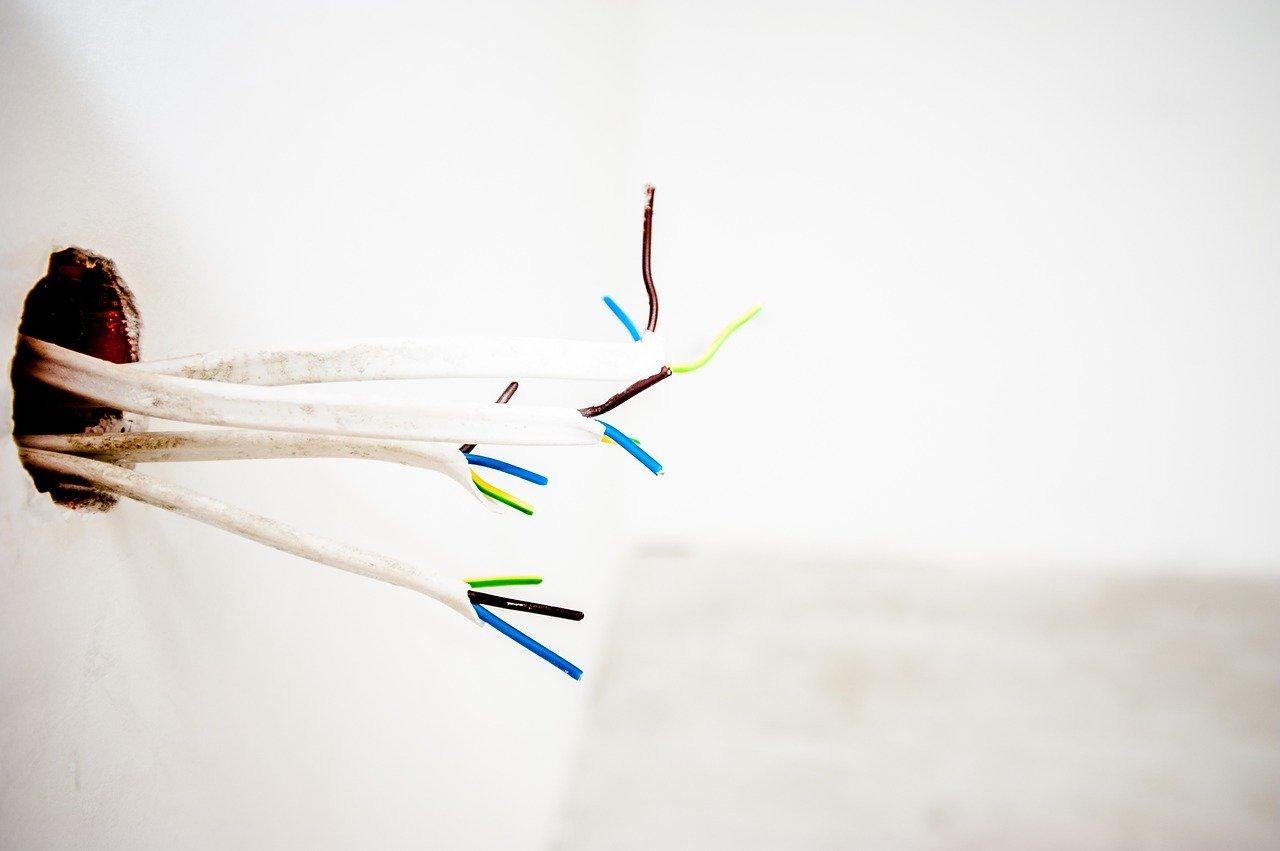 Installation prises électriques Paris